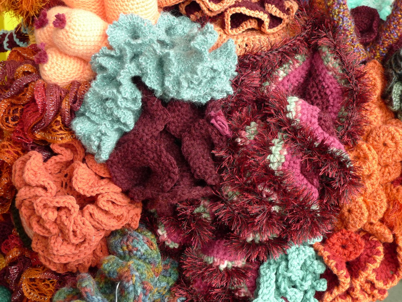 Uc Santa Cruz Satellite Reef Part Of The Worldwide Crochet Coral